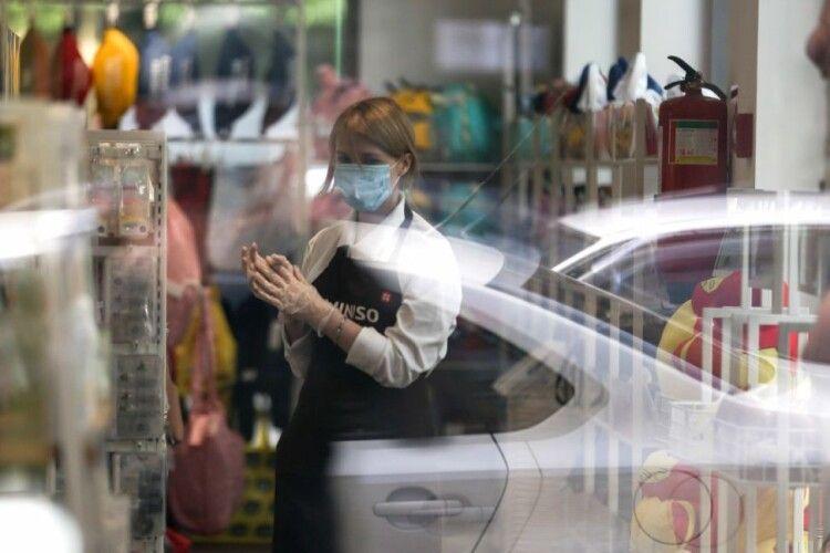 Новий локдаун: як працюватимуть магазини, кафе і ТРЦ у«червоній» зоні