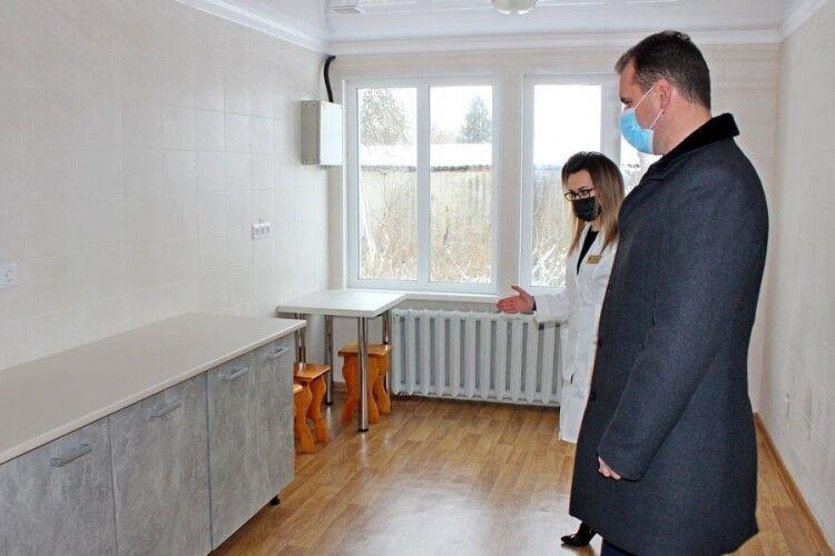 У Володимирі-Волинському медики житимуть на території лікарні