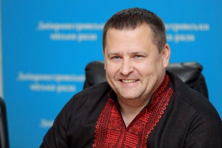 На виборах міського голови Дніпра із розгромним рахунком перемагає Філатов