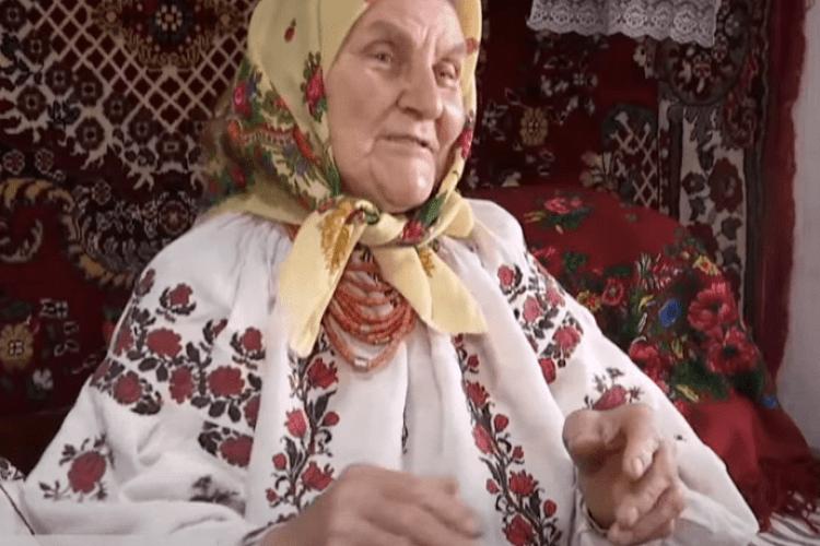 82-річна бабуся стала зіркою Тік-Току (Відео)