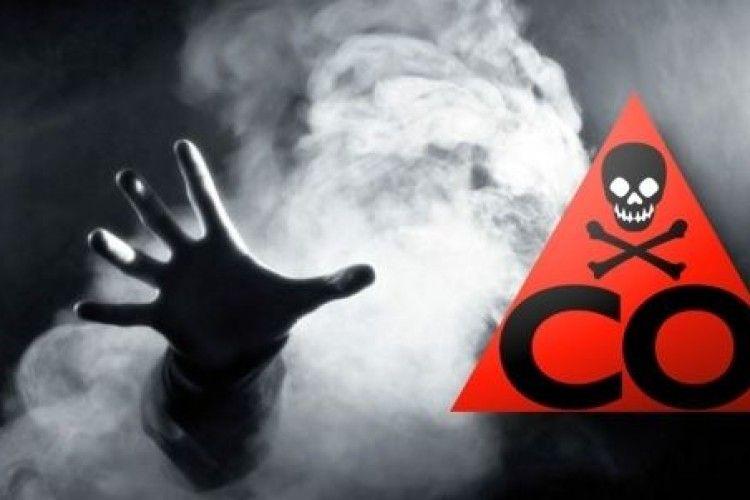 Отруєння чадним газом: у хаті знайшли тіла трьох людей