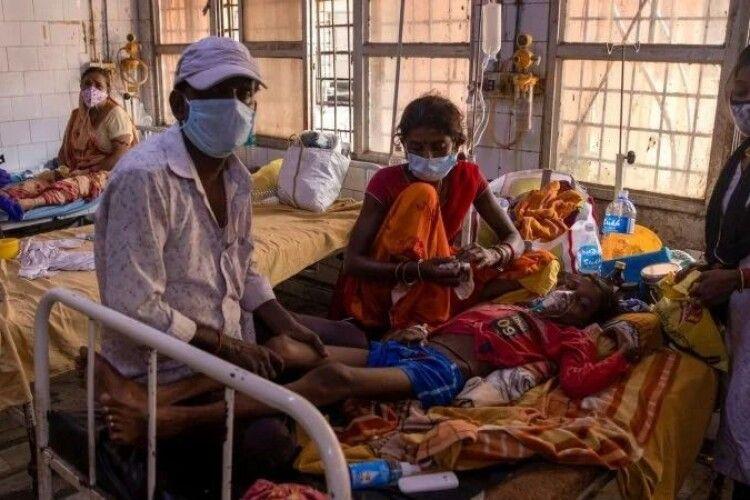 В Індії масово госпіталізують людей з невідомою хворобою — ЗМІ