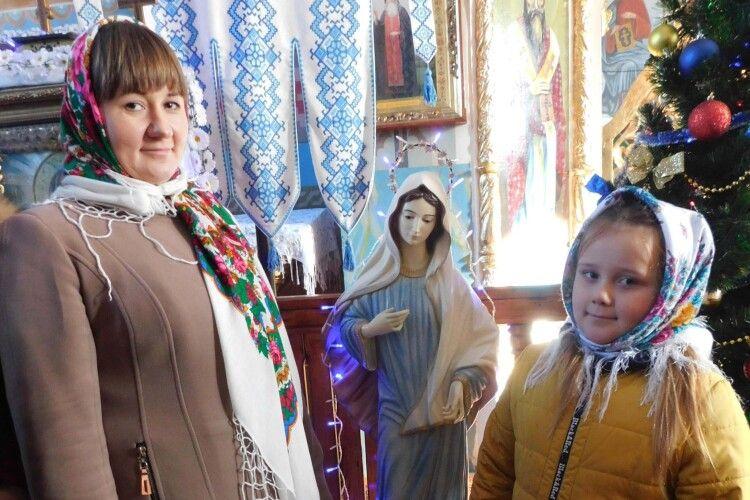 Волинянка привезла до свого храму фігуру Божої матері аж із… Боснії і Герцеговини