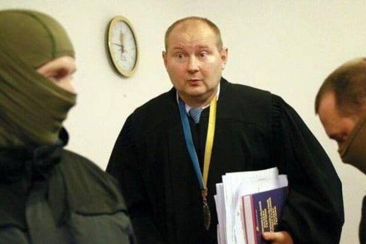Чауса перевозили в багажнику авто, що належить посольству України – молдовські ЗМІ
