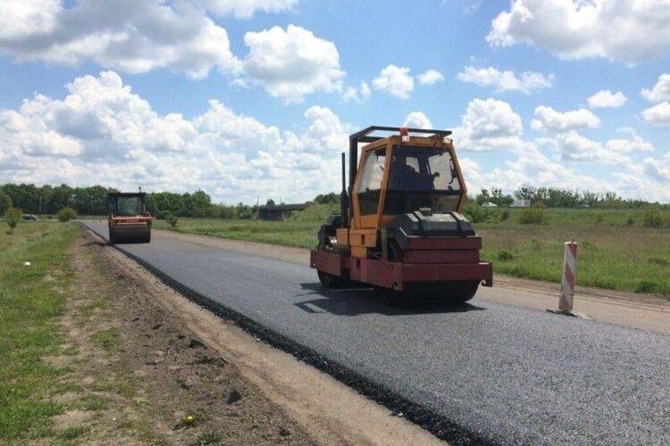 Ремонтують дорогу Доманово (на Брест) – Ковель – Чернівці