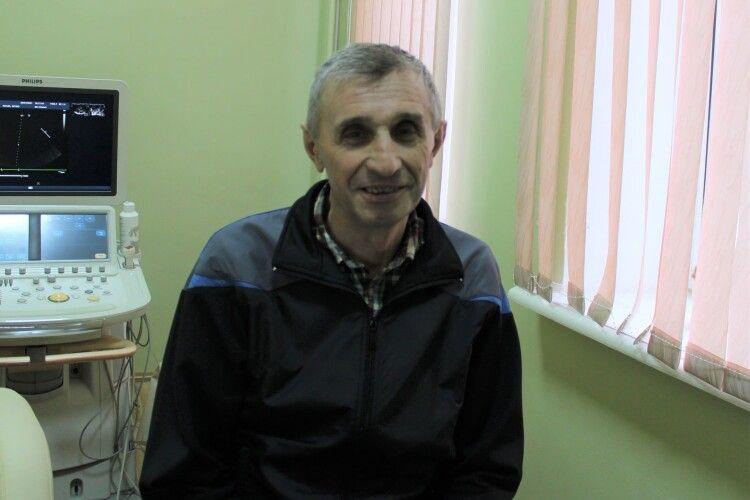 Коронавірус, інфаркт, інсульт і кілька операцій: ковельські лікарі врятували чоловіка (Фото)