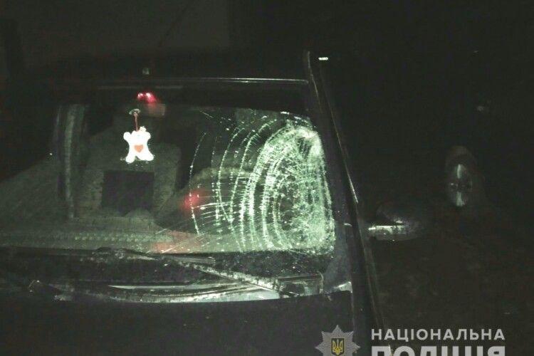 Збив пішохода, викликав «швидку» і втік: поліція впіймала горе-водія