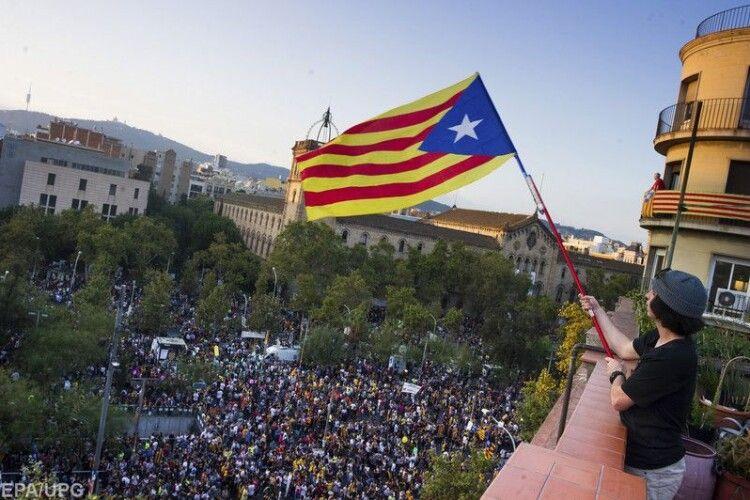 Уряд Іспанії офіційно помилував ув'язнених лідерів Каталонії
