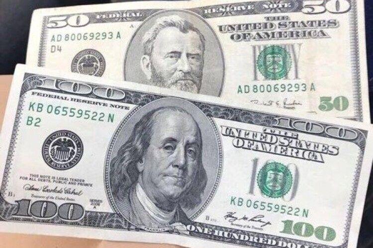 Побори вимагали у вигляді «абонемента» на 150 доларів