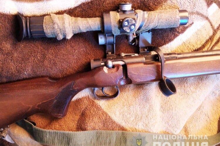 На Волині у 24-річного чоловіка поліція знайшла гвинтівку