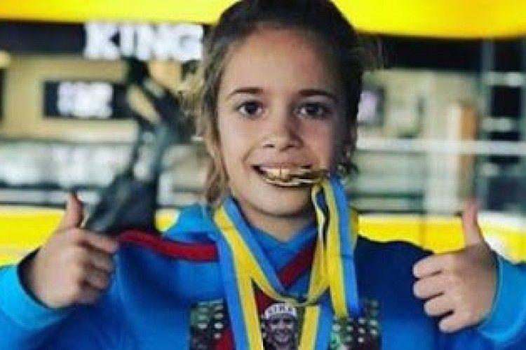 10-річна боксерка з Харкова підкорила серце Усика та Ломаченка
