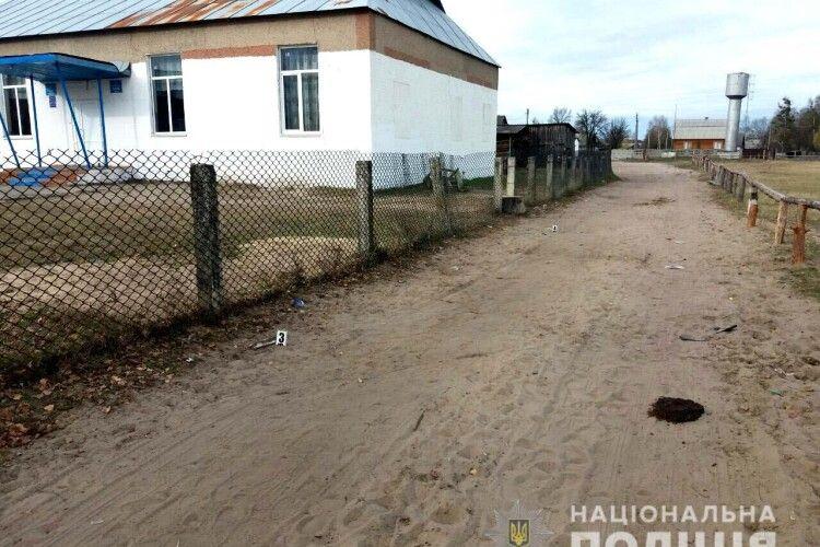 Парубкові зі Старого Села проламали голову штахетиною на дискотеці в Дроздині (фото)