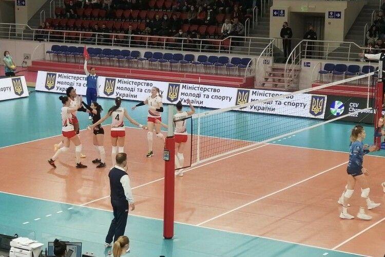 Волейбол: «Прометей» перемагає «Кальцит» у першому матчі Ліги чемпіонів