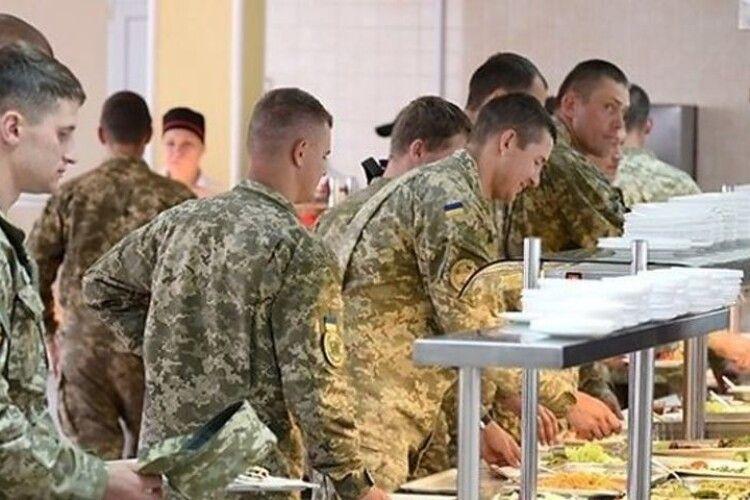 Підприємиця з Луцька заблокувала перехід армії на «натовські» стандарти харчування