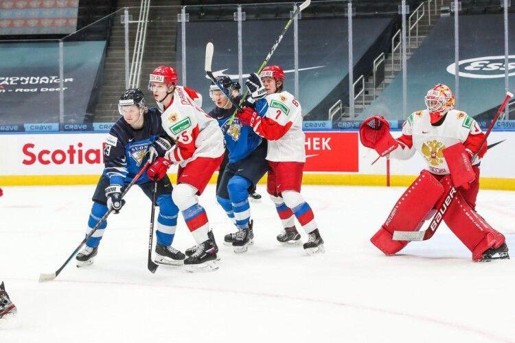 Фінляндія на друзки розтрощила Росію в матчі за третє місце на Молодіжному ЧС з хокею (Відео)
