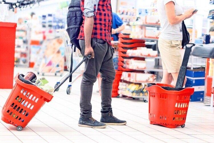 Продукти на полицях супермаркетів будуть — на Поліській митниці імпорт цьогоріч переважив експорт
