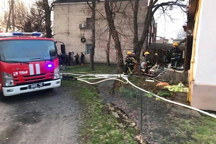 У пожежі в центрі Луцька загинуло троє людей (Фото)