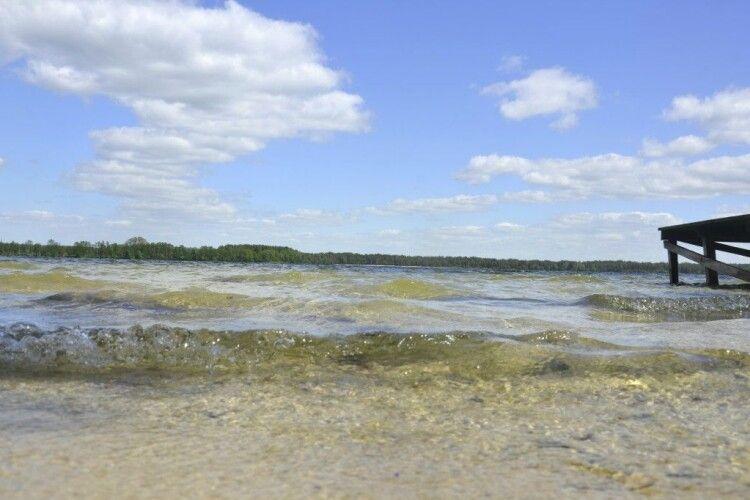 Скільки коштує порибалити на Шацьких озерах