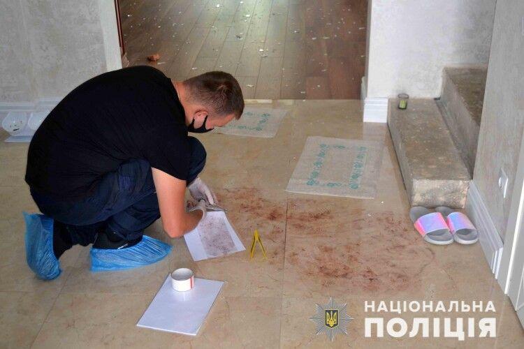 Резонансне вбивство на Рівненщині: жінку,  яка застрелила чоловіка і хотіла вбити дочку, визнали неосудною