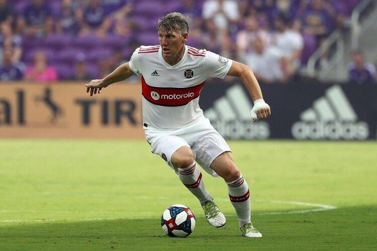 35-річний Бастіан Швайнштайгер оголосив про завершення кар'єри футболіста