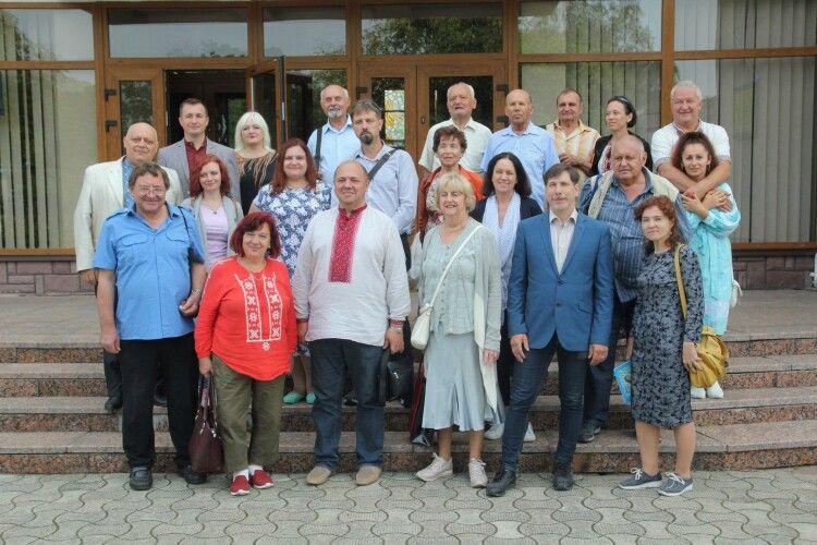 Волинські письменники виступили на захист регіонального Суспільного мовника
