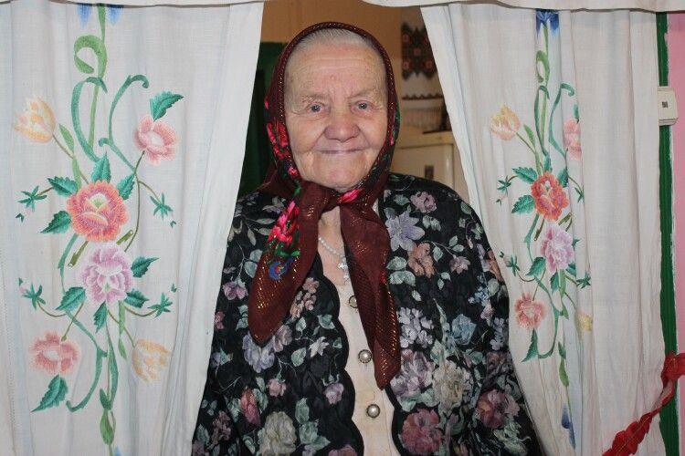 «Про моє життя можна знімати кіно», – каже баба Маня з Маневиччини