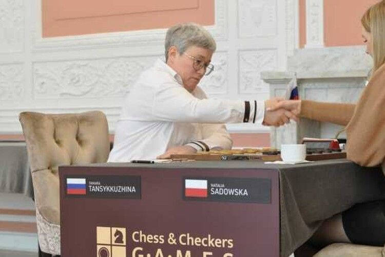 На чемпіонаті світу в Польщі зняли прапор Росії. У Путіна негайно відреагували (Відео)