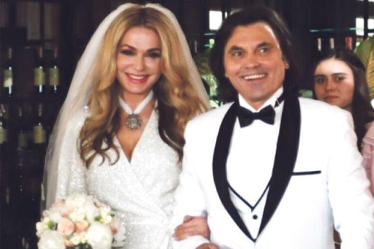 54-літня Ольга Сумська  ще раз вийшла заміж
