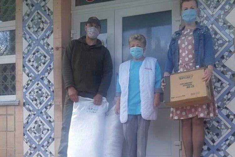 Волонтери зібрали 450 тисяч гривень на переносний рентгенапарат для Ковельського МТМО
