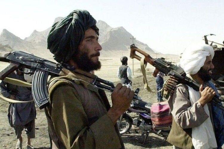 «Талібан» взяв під контроль весь Афганістан: як розвиватиметься ситуація в країні