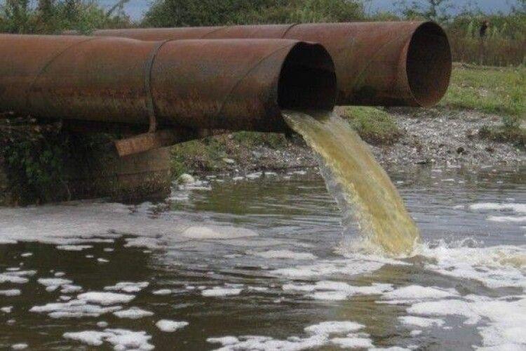 На окупованій Луганщині катастрофічно бракує води: бойовики організували графік «через день»