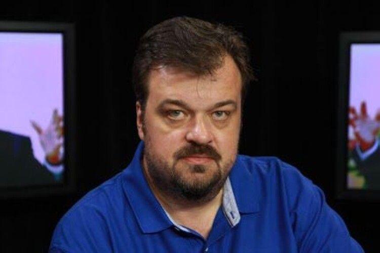 Коментатор Уткін: «Подивіться, які країни офіційно визнали Крим російським»