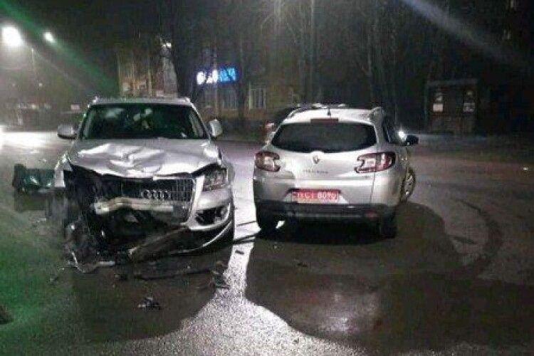«Її б розірвали на місці»: свідок розповів деталі аварії у Луцьку за участі скандальної підприємиці (Відео)