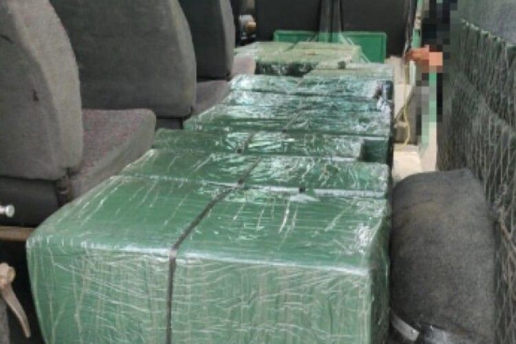Нічна афера контрабандистів на західному кордоні зазнала краху (Фото, відео)