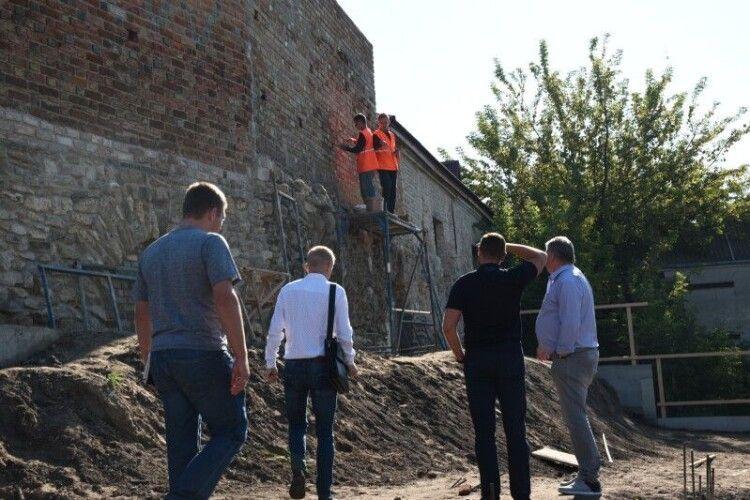 У Луцьку перевірили стан підземель, знайдених кілька місяців тому (Фото)
