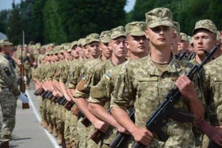 Міністр оборони хоче скасувати призов в армію