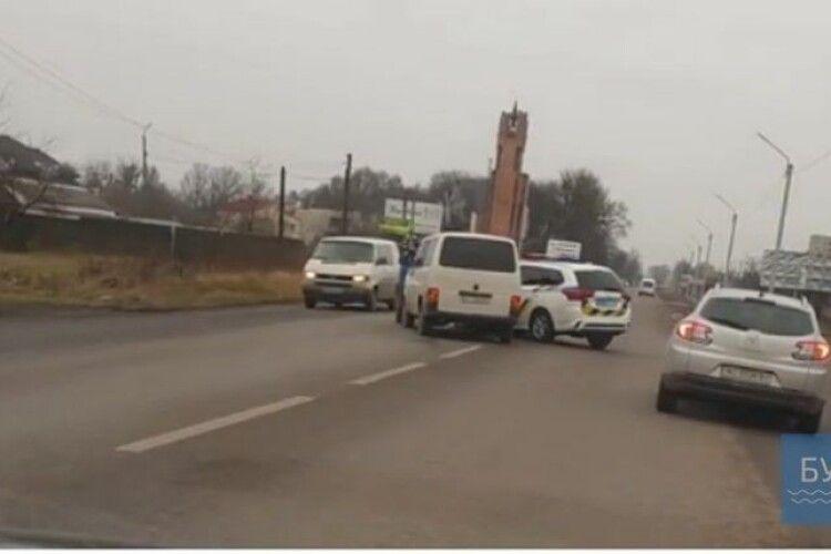 В Нововолинську поліцейська машина потрапила в автоаварію (Відео)