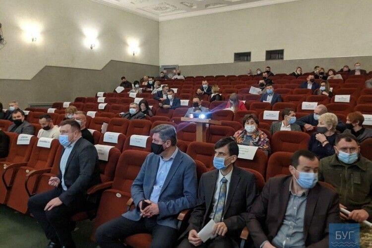 У Володимирі стартувала перша сесія новообраної міської ради