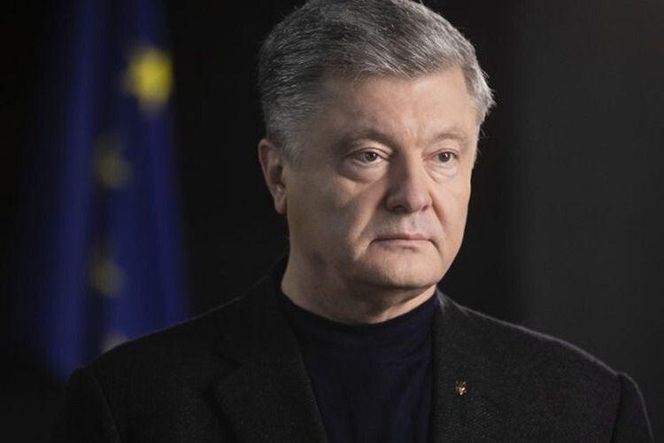 «У Зеленського мають вибрати:  або інтереси народу, або мрія Коломойського про банк собі — і дефолт Україні»