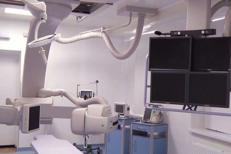 Рівненську лікарню перевіряють через купівлю надто дорогого обладнання