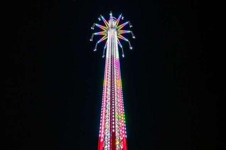 У Дубаї відкрилася найвища у світі карусель (Відео)