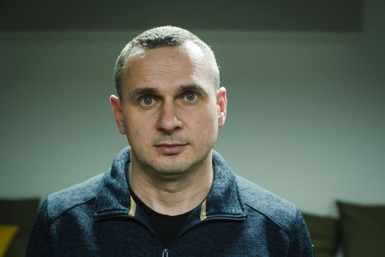Сенцов: «Закрити телесмітники Медведчука - найкраще рішення влади за останній час»