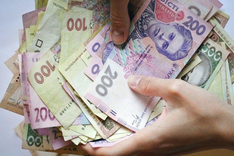 О 5 ранку в ковельчана грабіжник викрав понад 27 тисяч гривень