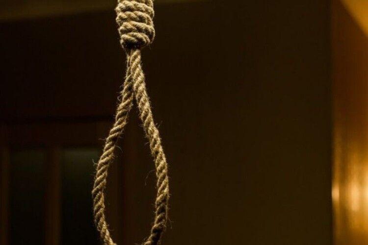 На Рожищенщині позбавив себе життя 24-річний юнак