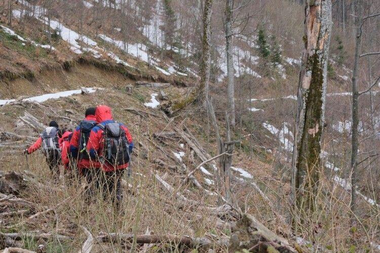 Знайшли тіло туриста, який загинув у Карпатах (Фото)