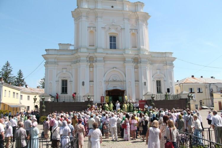 Як у Луцьку відзначали престольне свято кафедрального собору (Фото)