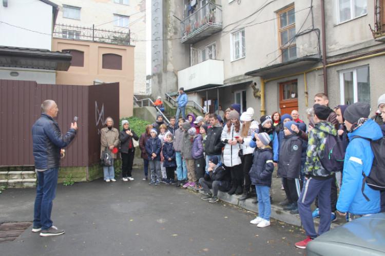 Лучан запрошують на новорічний квест «Пізнай своє місто»
