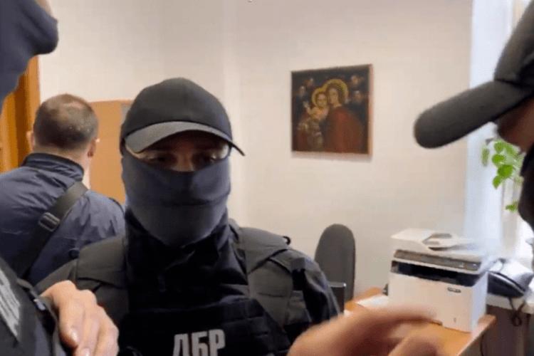 Силовики вдерлися в Музей Гончара