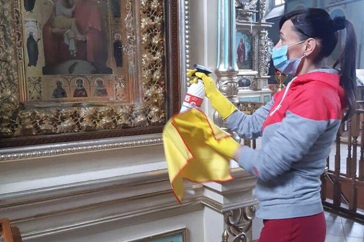 На Волині при монастирі працюють… волонтери
