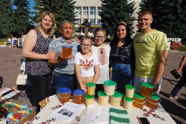 Як білоруси на Волині медом торгували